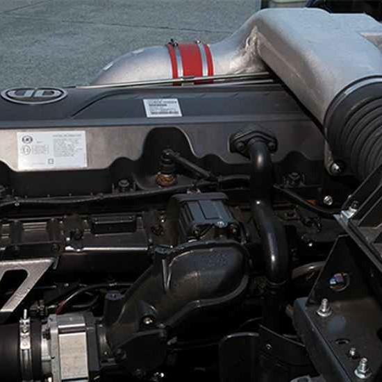 Động cơ xe tải UD Quester